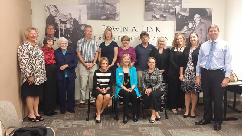 "Marilyn Link and Harbor Branch Guests Attend ""About Those Links"" Event"