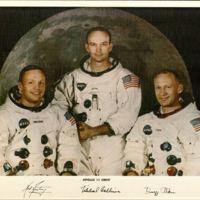https://win-dev.lib.fit.edu/omeka/dropbox/ScottFrisch/Apollo_Photographs/Apollo-11-Crew-with-signatures.jpg